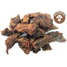 Натуральное лакомство для собак. Мясо медведя вяленое, в упаковке - 100 гр.